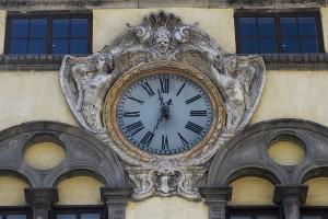 18 Horloge Gaétanne Julien