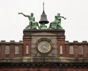 19 Horloge Micheline Arseneault
