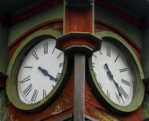 31 Horloge Micheline Paquin