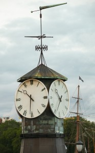 39 Horloge Micheline Arseneault